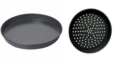Black Steel Pizza Pans – Plain & Perforated