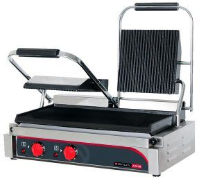 PANINI PRESS DOUBLE RIBBED TOP FLAT BOTTOM – 240v;3.08kw;15A